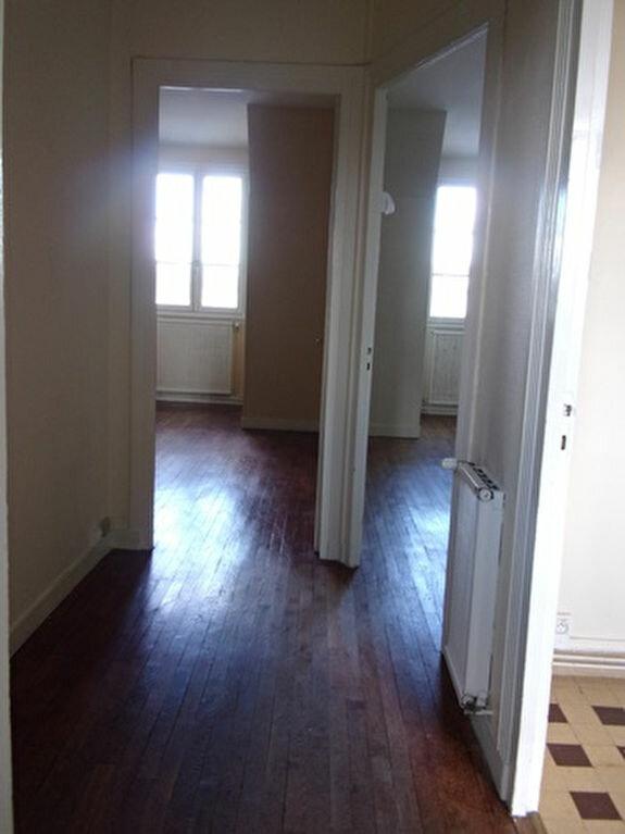 Appartement à louer 2 47m2 à Blois vignette-5