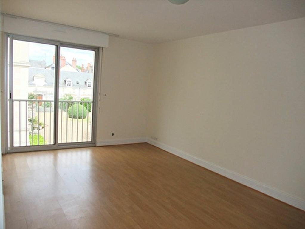 Appartement à louer 1 30m2 à Blois vignette-2