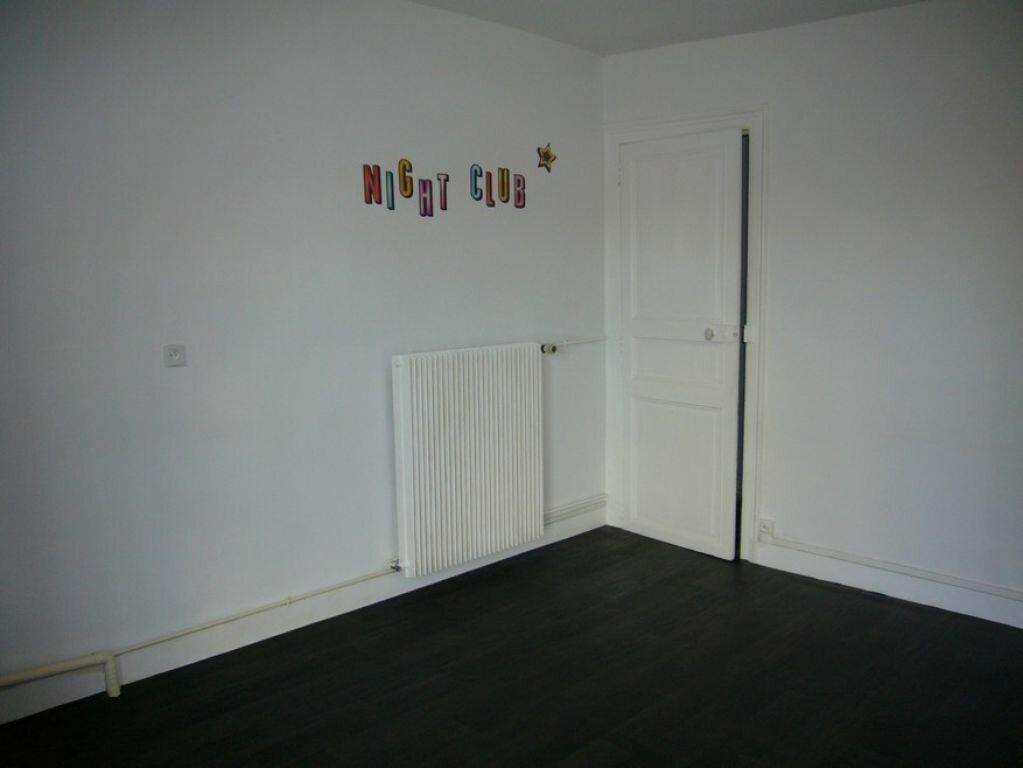 Appartement à louer 4 105m2 à Presnoy vignette-5