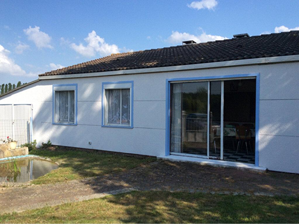 Maison à vendre 3 70m2 à Quiers-sur-Bézonde vignette-1