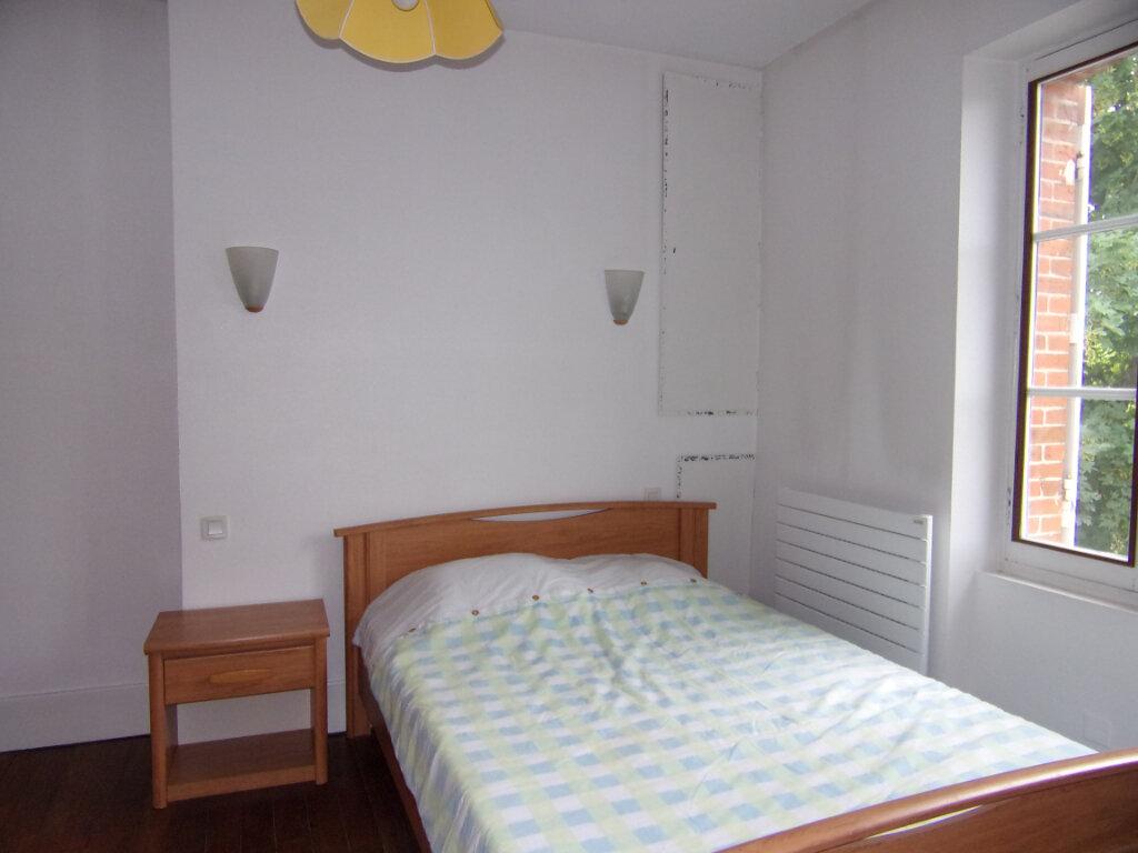 Appartement à louer 2 42m2 à Bellegarde vignette-4