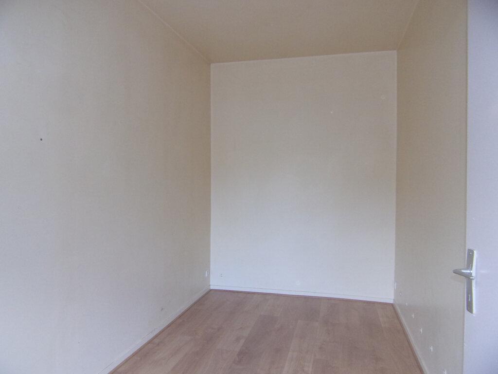 Maison à louer 2 33m2 à Lorris vignette-4
