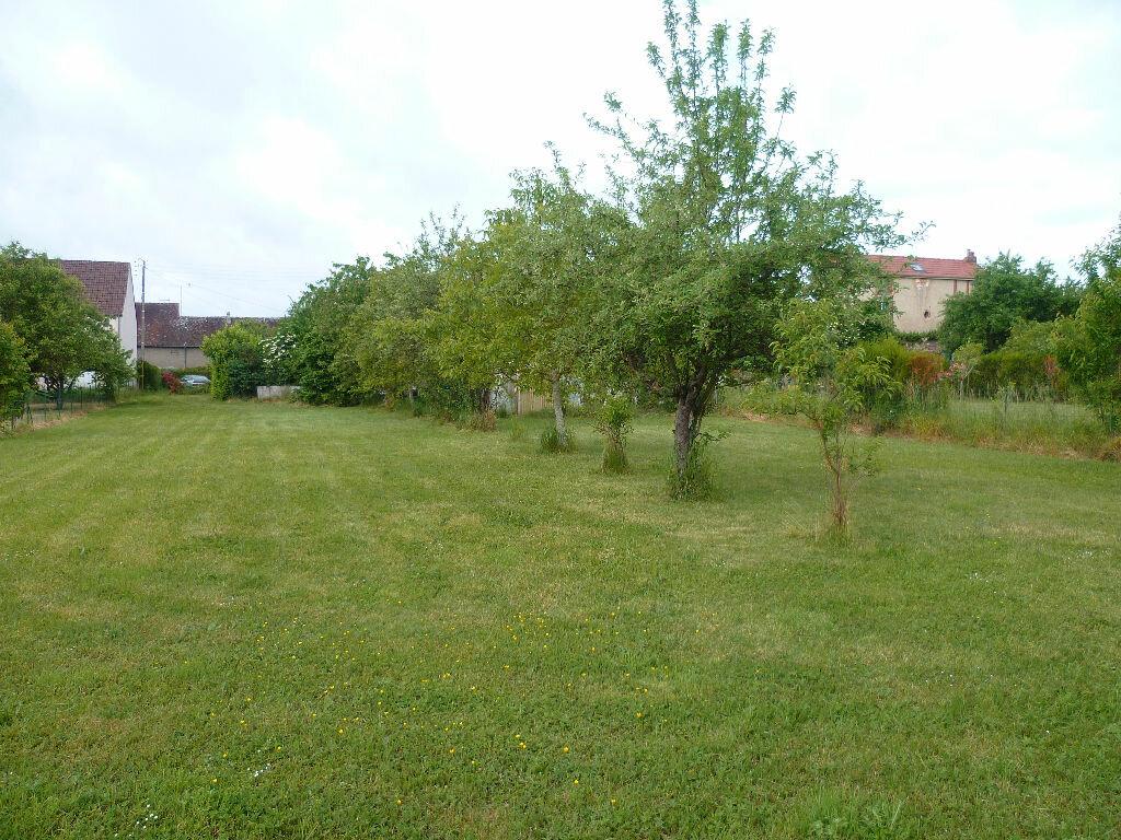 Terrain à vendre 0 1025m2 à Châtillon-Coligny vignette-1