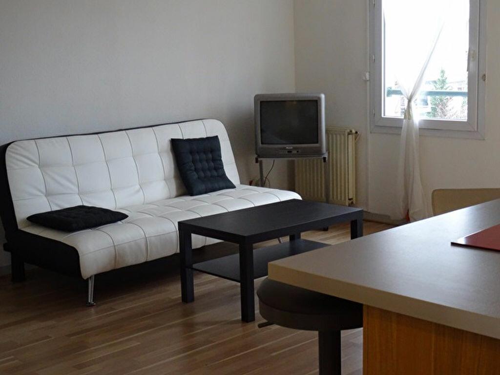 Appartement à louer 1 30.25m2 à Les Angles vignette-3