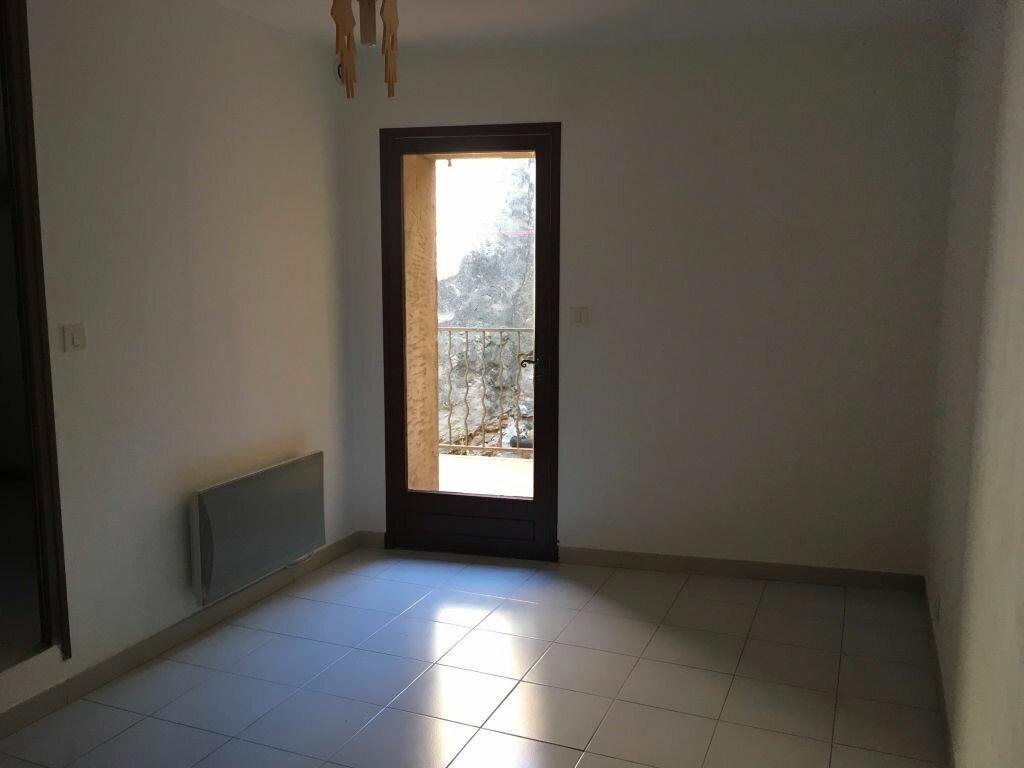 Appartement à louer 4 98m2 à Domazan vignette-8