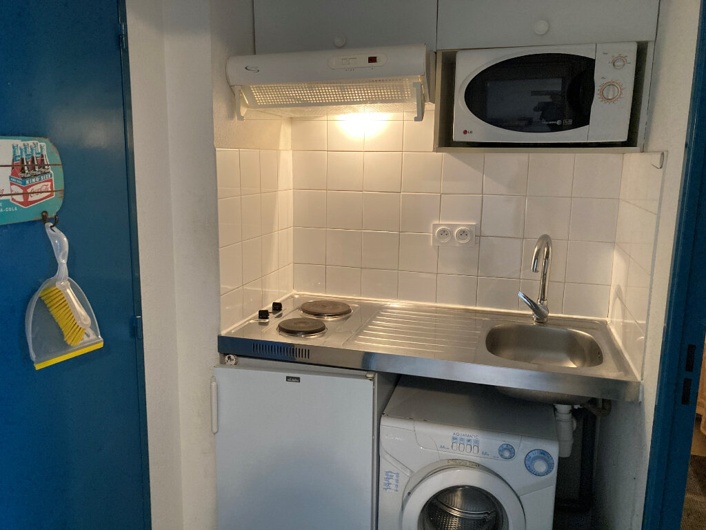 Appartement à louer 2 35m2 à Avignon vignette-4
