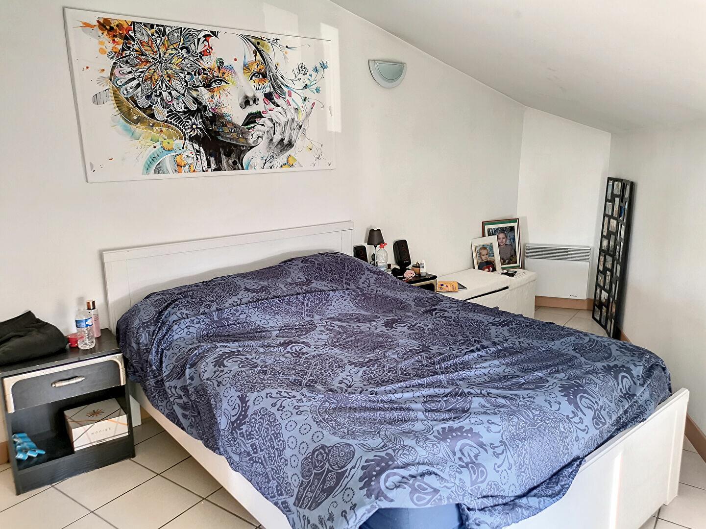 Appartement à louer 3 68m2 à Tavel vignette-4