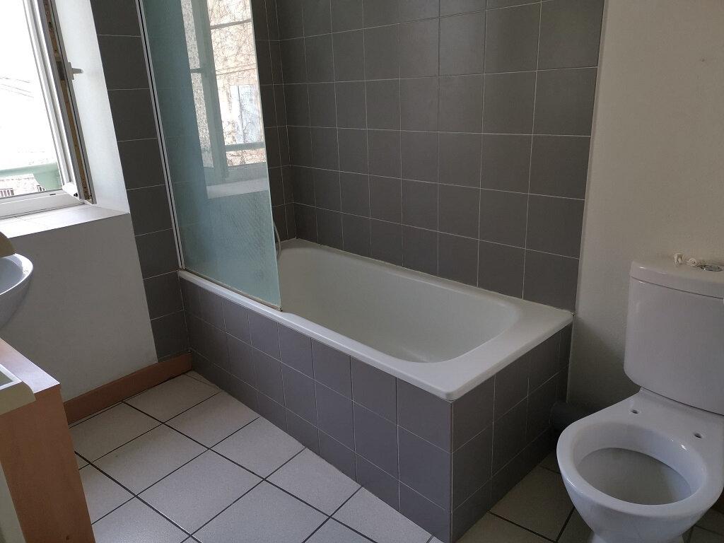 Appartement à louer 3 68m2 à Tavel vignette-6