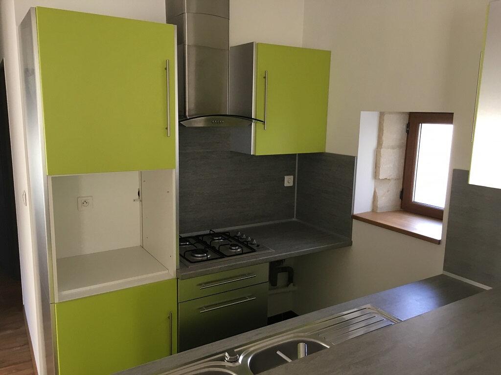 Appartement à louer 2 44m2 à Lirac vignette-2