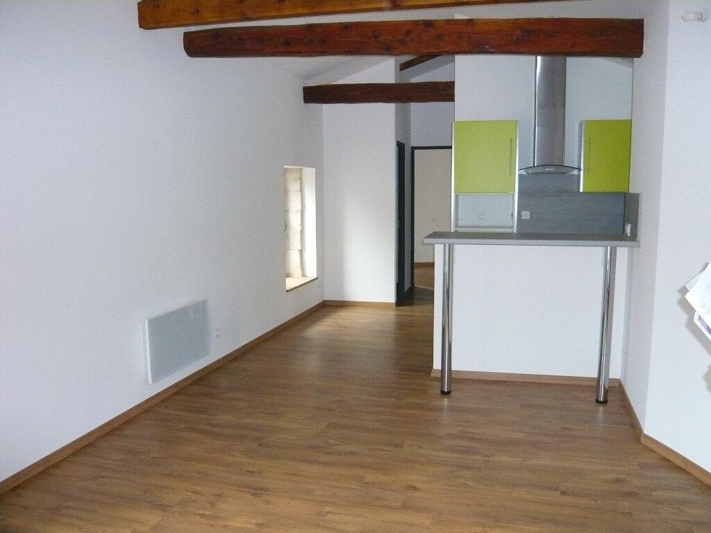 Appartement à louer 2 44m2 à Lirac vignette-3