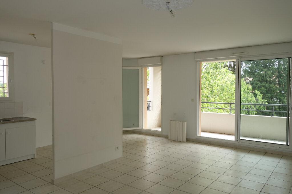 Appartement à vendre 3 66.23m2 à Montfavet - Avignon vignette-1