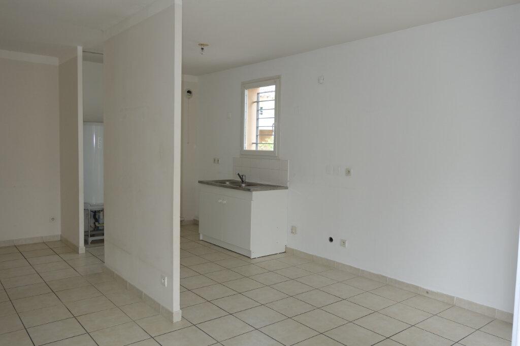Appartement à vendre 3 66.23m2 à Montfavet - Avignon vignette-4