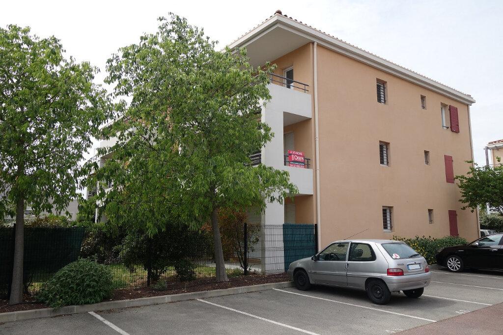 Appartement à vendre 3 66.23m2 à Montfavet - Avignon vignette-6