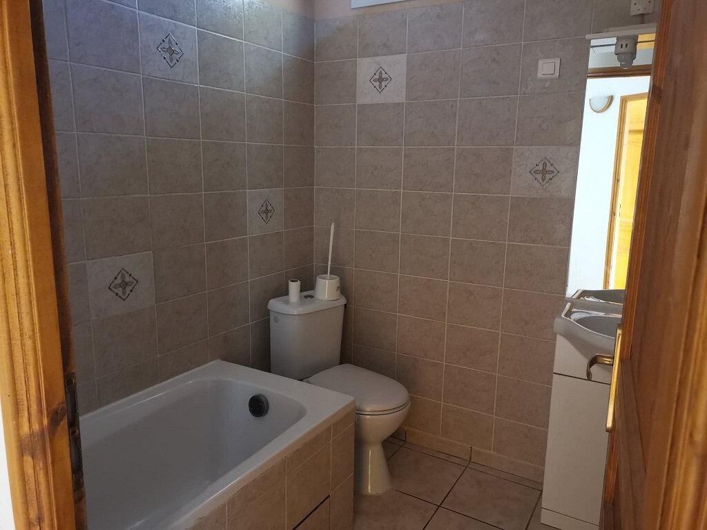 Maison à louer 3 51.55m2 à Rochefort-du-Gard vignette-8