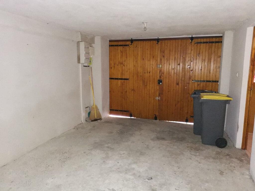 Maison à louer 3 51.55m2 à Rochefort-du-Gard vignette-9