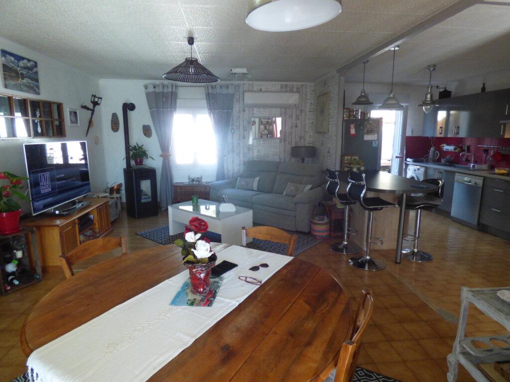 Maison à vendre 5 102m2 à Le Pontet vignette-5