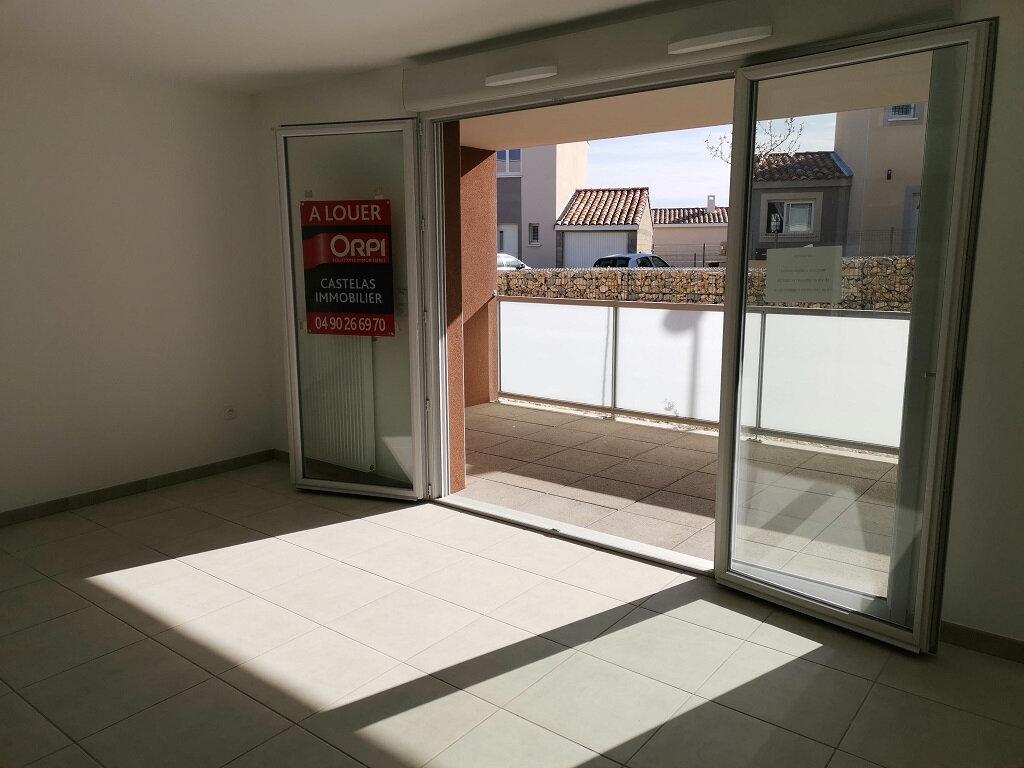 Appartement à louer 1 34m2 à Rochefort-du-Gard vignette-5