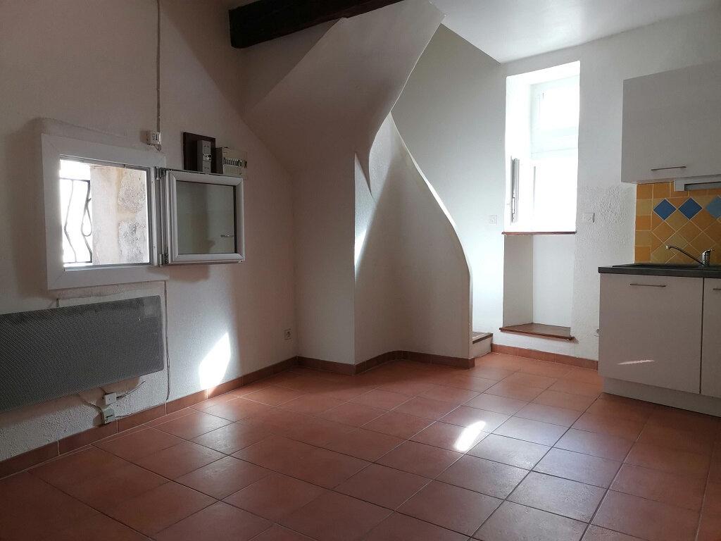Appartement à louer 2 34m2 à Rochefort-du-Gard vignette-2