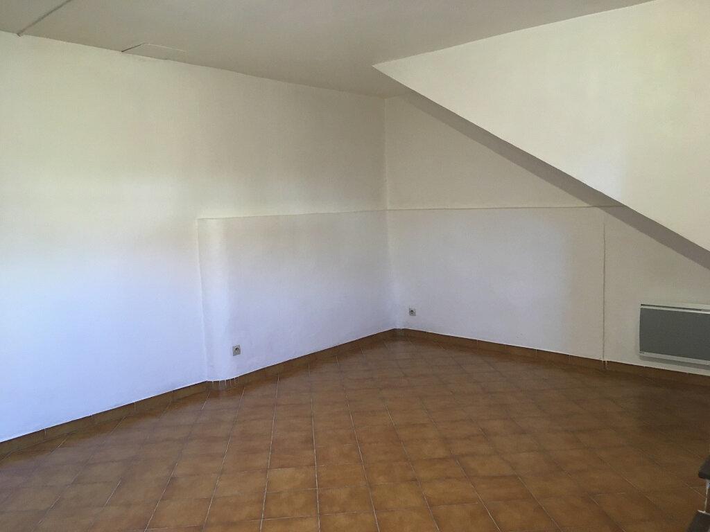 Appartement à louer 3 60m2 à Tavel vignette-3