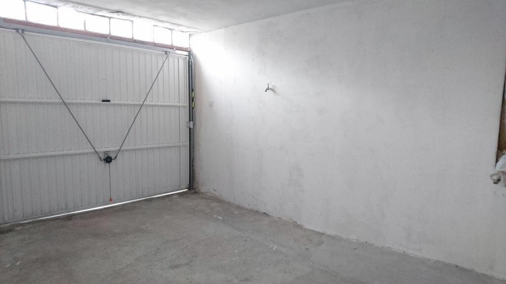 Appartement à louer 3 60m2 à Tavel vignette-6
