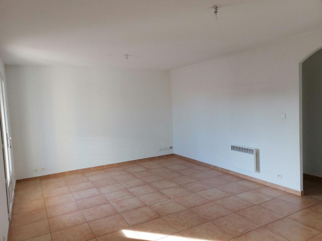 Maison à louer 4 76m2 à Rochefort-du-Gard vignette-3