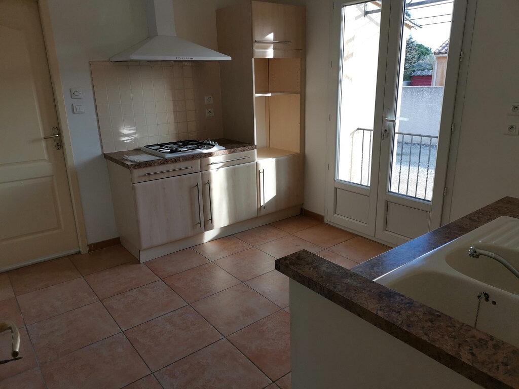 Maison à louer 4 76m2 à Rochefort-du-Gard vignette-4