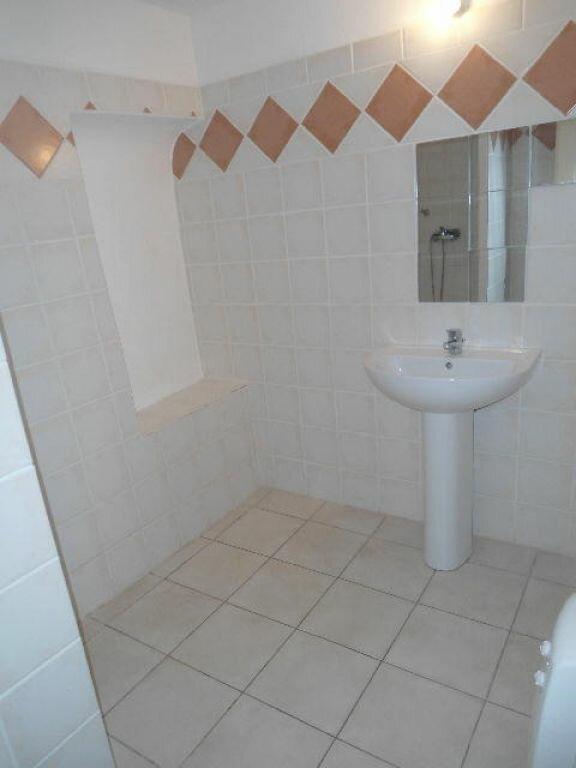Appartement à louer 3 63m2 à Aups vignette-6