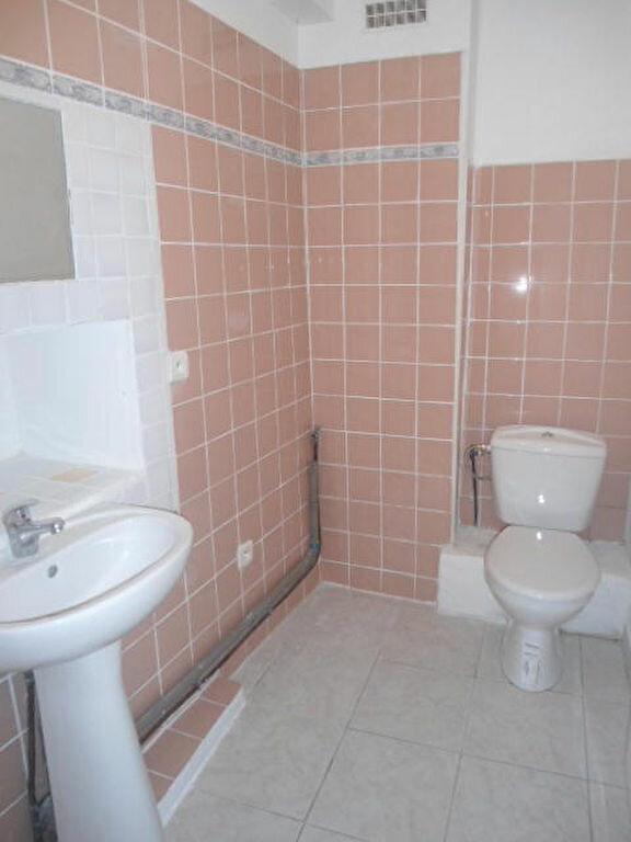 Appartement à louer 1 30m2 à Aups vignette-3