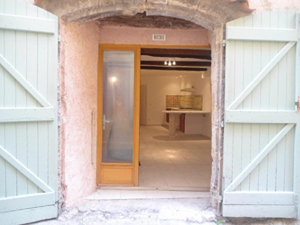 Appartement à louer 1 30m2 à Aups vignette-4