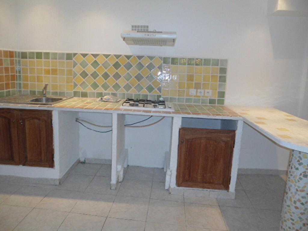 Appartement à louer 1 30m2 à Aups vignette-5