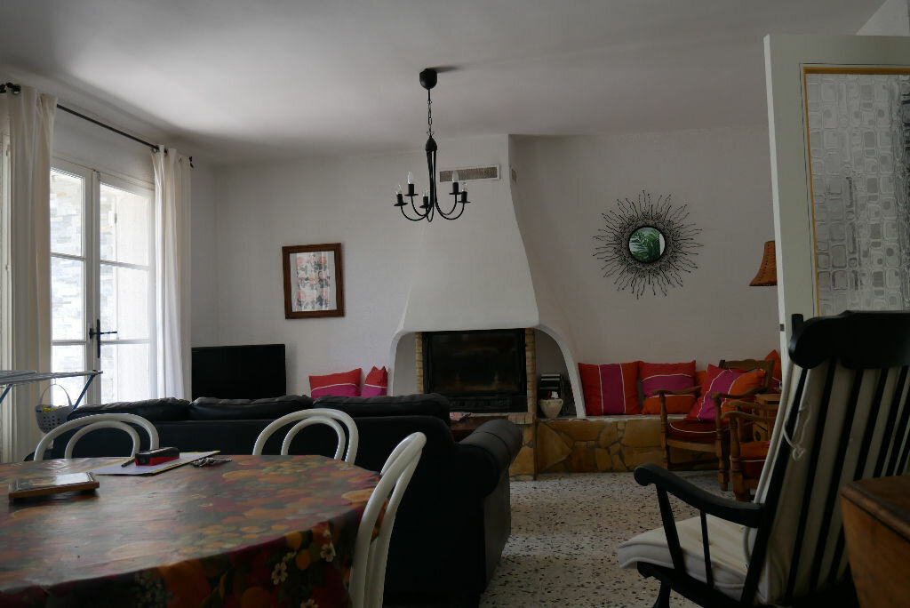 Maison à vendre 4 108m2 à Les Salles-sur-Verdon vignette-3