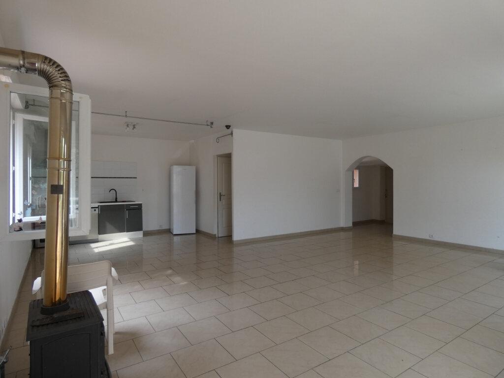 Maison à vendre 4 130m2 à Fox-Amphoux vignette-2