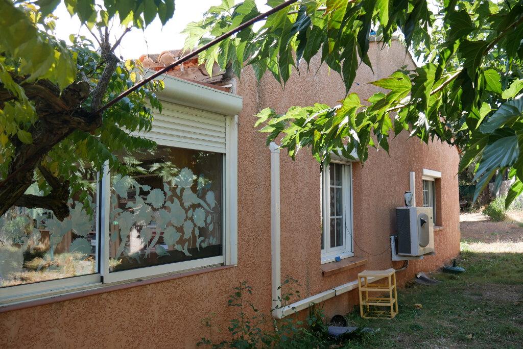 Maison à vendre 4 130m2 à Fox-Amphoux vignette-4