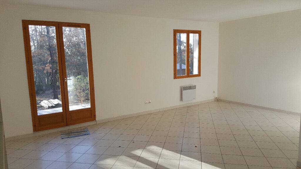 Maison à louer 4 82m2 à Régusse vignette-5