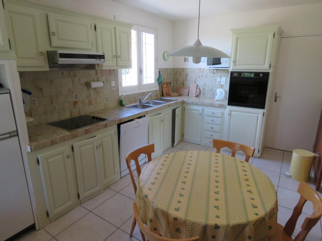 Maison à vendre 3 102m2 à Saint-Jurs vignette-6