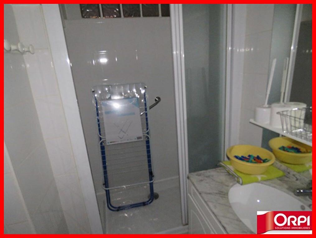 Appartement à louer 1 33m2 à Riez vignette-5