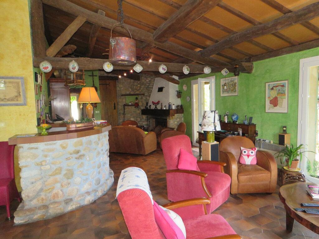 Maison à vendre 6 214m2 à Allemagne-en-Provence vignette-4