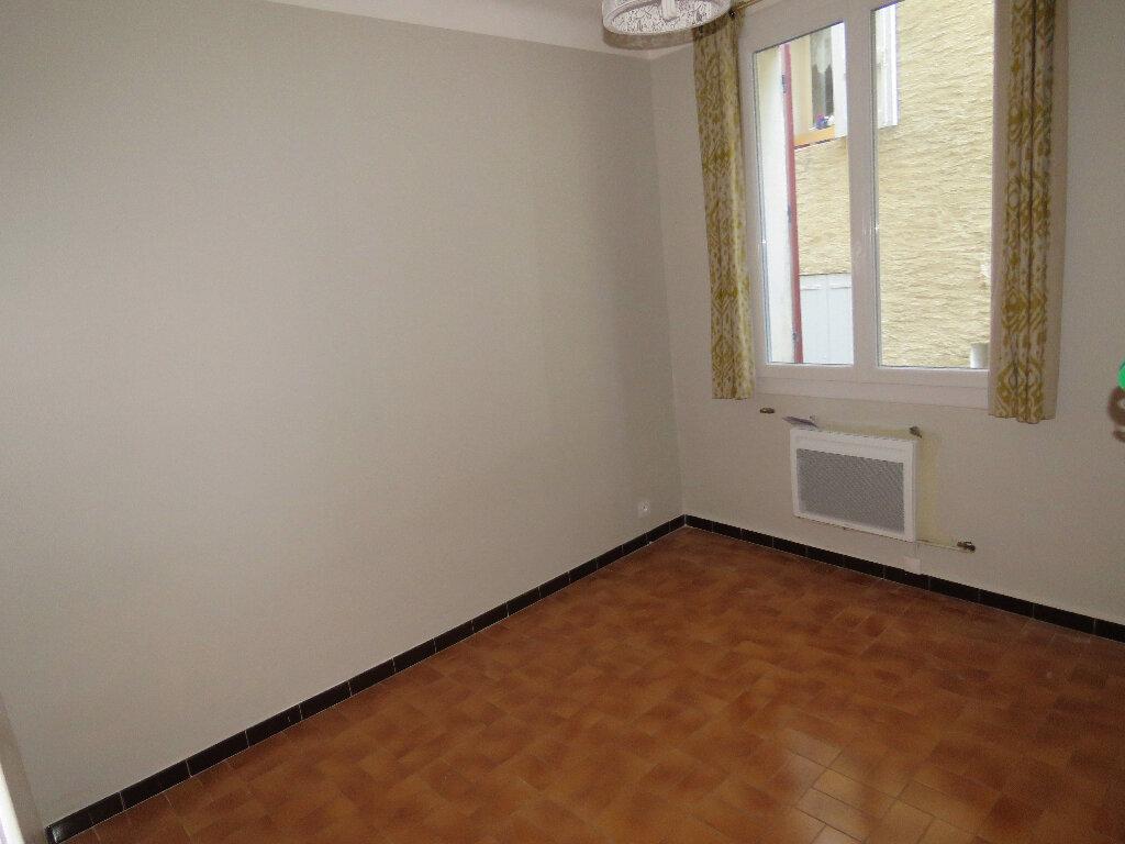 Appartement à louer 3 51m2 à Riez vignette-7