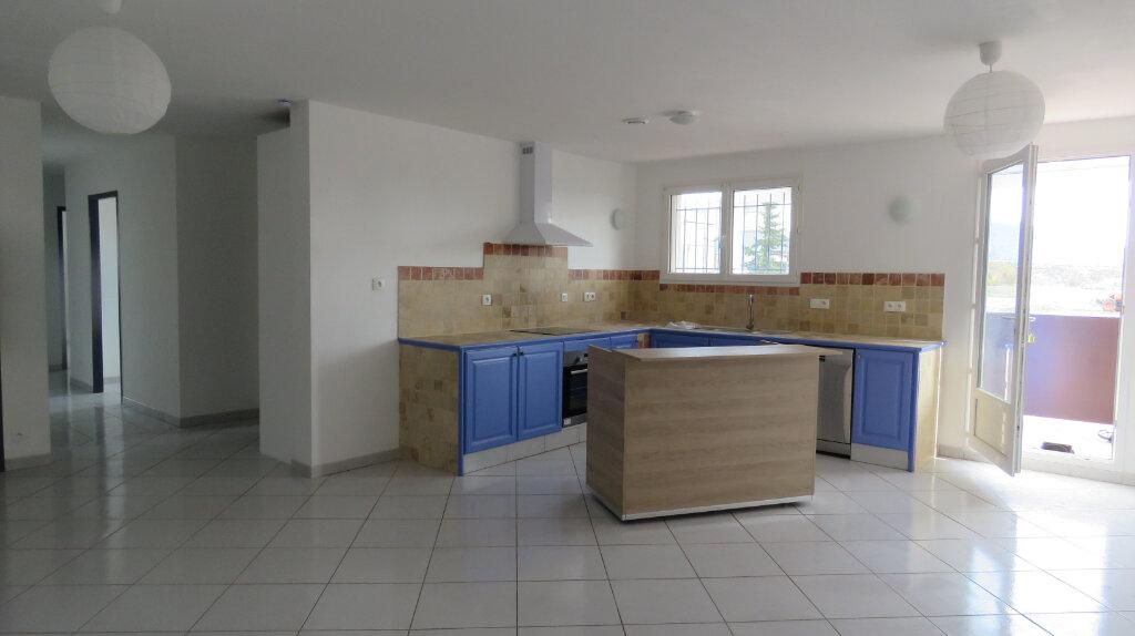 Appartement à louer 4 92m2 à Puimoisson vignette-1