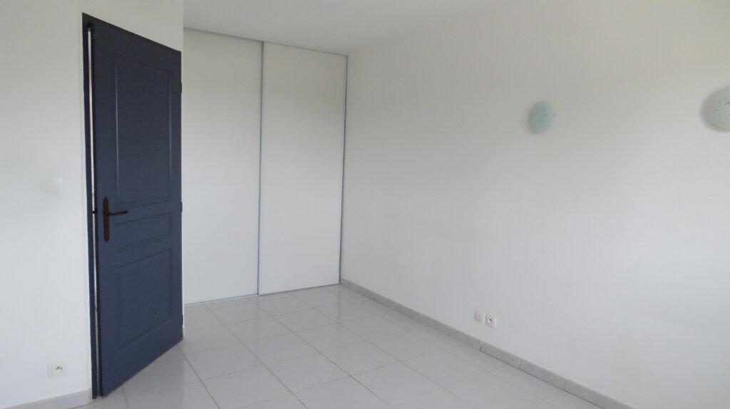 Appartement à louer 4 92m2 à Puimoisson vignette-3