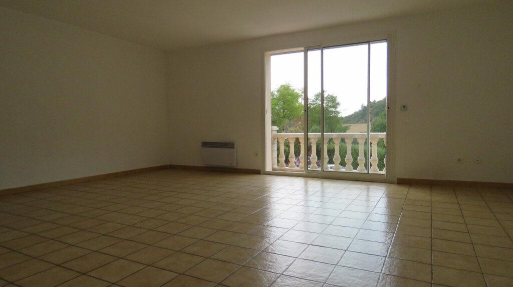 Appartement à louer 3 80m2 à Roumoules vignette-2