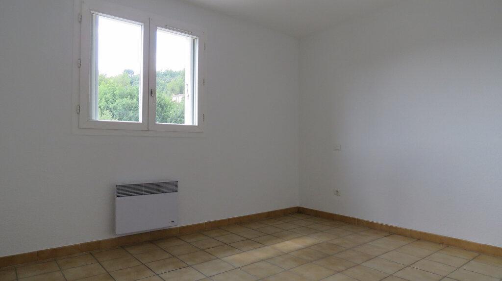 Appartement à louer 3 80m2 à Roumoules vignette-7