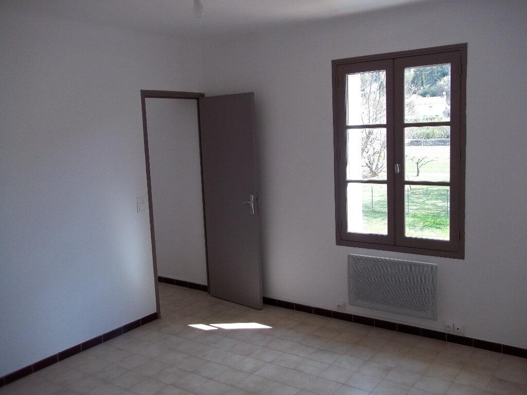 Appartement à louer 3 50m2 à Riez vignette-5