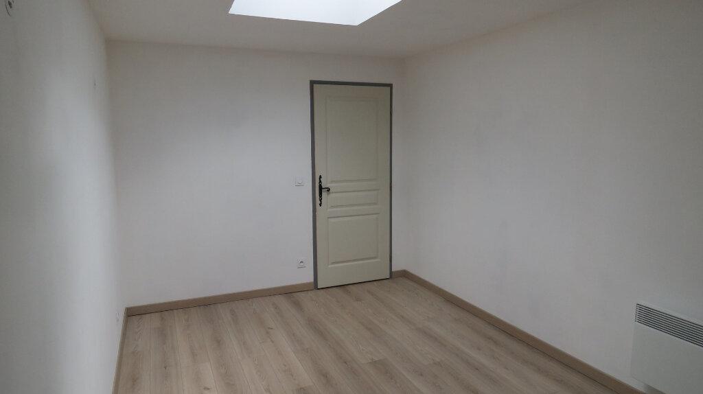 Maison à louer 4 91m2 à Allemagne-en-Provence vignette-9