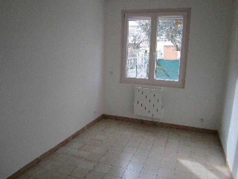 Appartement à louer 3 51m2 à Sisteron vignette-6