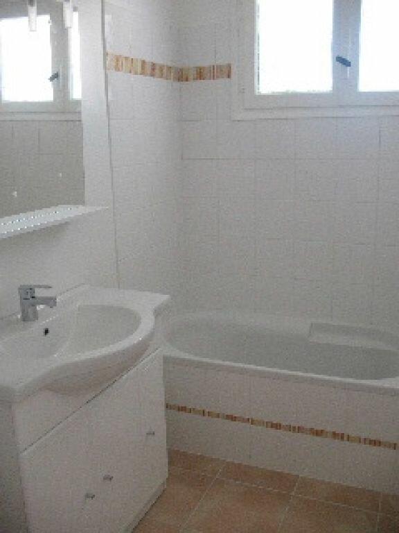 Appartement à louer 4 75m2 à Sisteron vignette-4