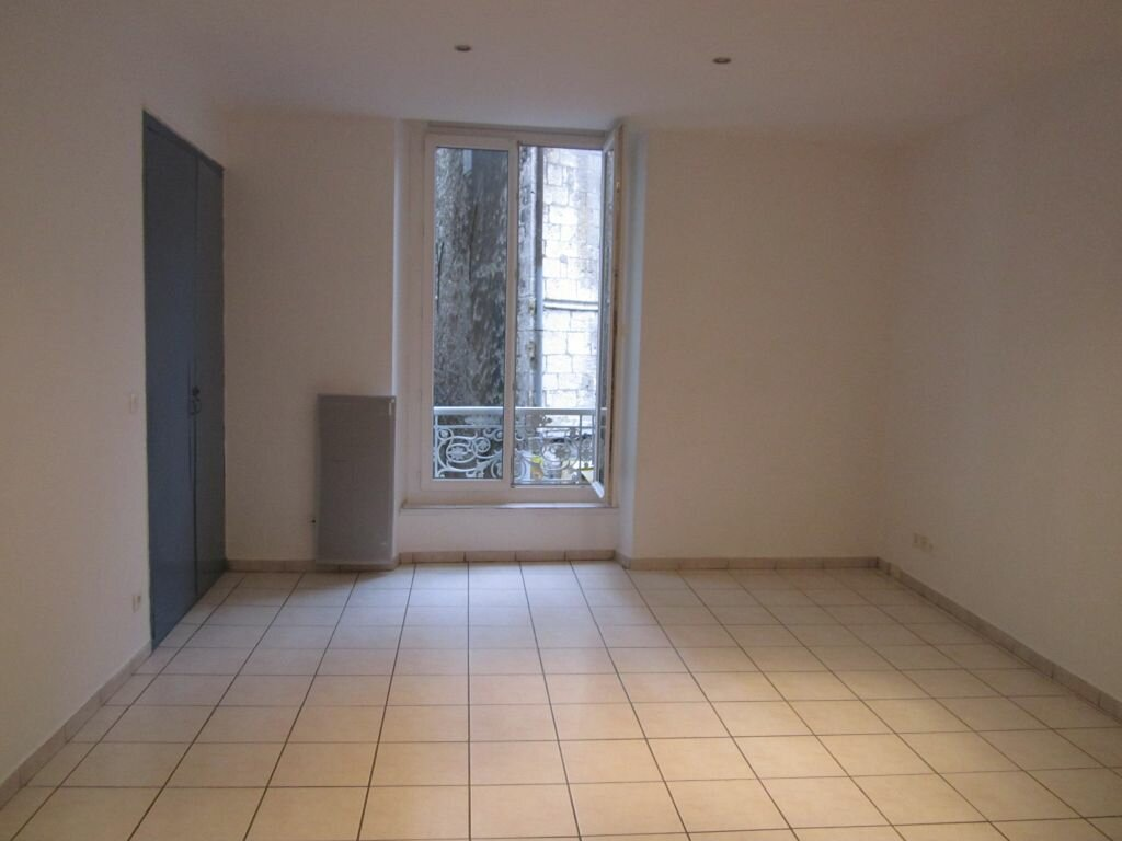 Appartement à louer 2 49m2 à Sisteron vignette-1