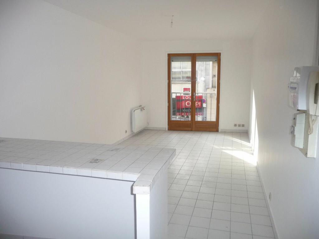 Appartement à louer 1 24m2 à Vaujours vignette-2