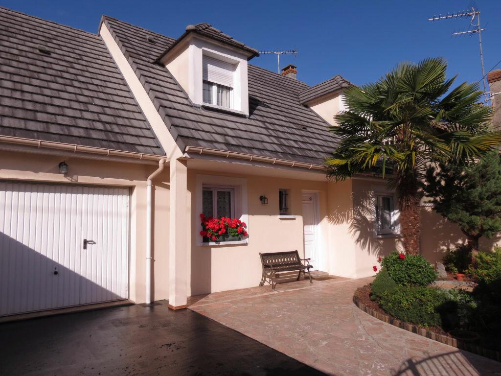 Maison à vendre 6 130m2 à Villepinte vignette-1