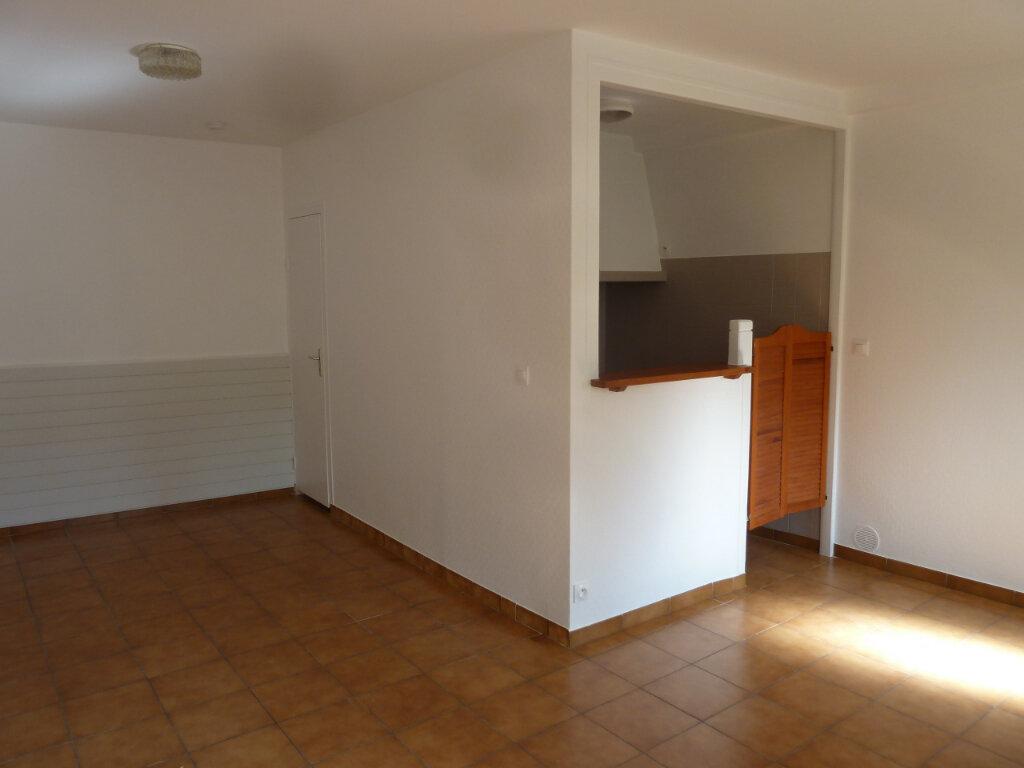 Appartement à louer 1 26.93m2 à Villeparisis vignette-2